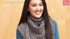 This is a video tutorial.  I'd like to make this without the fringe.  Big Fringe Triangle Scarf + Tutorial