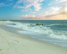 Beach Sunrise by Teresa Wilson Beach Sunrise by Teresa Wilson #sharethelove #artlovers #artforsale #participationpaysoff #FAAArtists