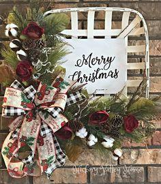 Christmas Wreath Tobacco Basket Arrangement Rustic Wreath Winter Wreath Front Porch Decor Front Door Arrangement Mantel or Wall Décor Country Christmas, Christmas Holidays, Christmas Crafts, Christmas Ornaments, Christmas Music, Elegant Christmas, Christmas Vacation, Christmas 2019, Christmas Ideas
