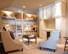 Combination Bunk Room Family Room with a Media Center. Never thought of bunks in family room/basement or lake or beach house but it could work :) Bunk Beds Built In, Modern Bunk Beds, Bunk Beds With Stairs, Kids Bunk Beds, Bed Stairs, Sofa Design, Canapé Design, House Design, Design Ideas