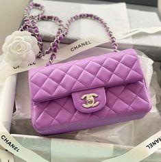 Mochila Louis Vuitton, Louis Vuitton Shoes, Louis Vuitton Handbags, Chanel Purse, Chanel Handbags, Purses And Handbags, Chanel Bags, Chanel Chanel, Dior Purses