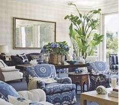 Color Trends: Indigo - http://www.decorhomeideas.com/color-trends-indigo/