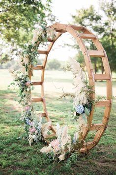 Garden wedding decorations ceremony altars backdrops ideas for 2019 Wedding Ceremony Ideas, Wedding Arch Rustic, Chic Wedding, Trendy Wedding, Wedding Blue, Wedding Arches, Wedding Backdrops, Outdoor Ceremony, Wedding Ceremonies