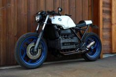 Bobber, K100 Bmw, Cafe Racer Moto, Cars And Motorcycles, Racing, Leather Jacket, Bike, Adventure, Vehicles