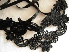 Black lace mask masquerade ball face mask headpiece Halloween venise lace shoothing