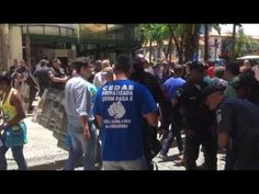 Servidores fazem vigília em frente à Alerj contra privatização da Cedae