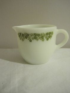 Vintage Pyrex Corningware Glass Crazy Daisy Spring Blossom Creamer Cream Pitcher