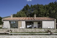 Off Grid Home in Extremadura ÁBATON ARCHITECTS