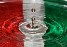 Good Things From Italy - Le Cose Buone d'Italia Italian Colors, Italian Style, Hungarian Flag, Indian Flag, Indian Army, Italian Girls, Italian People, Red Green, Australia Facts