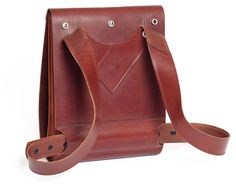 Carapacho Urban Explorer Backbag W29cm x H41cm x W5-18cm. Interesting way to design a backpack!