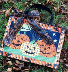 Make Your Own BOO-tique Halloween Handbag