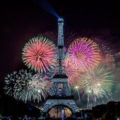 Fireworks Eiffel Tower, Paris