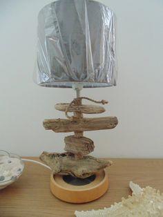 lampe en bois flotté - modèle unique - abat-jour rond