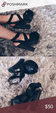 Steve Madden Strappy heels Steve Madden Seerius. Super comfy and lightweight! Leather upper and PU lining. Great condition with no visible marks or scratches. Perfect summer strappy heel Steve Madden Shoes Heels