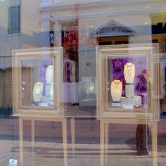 #emilybrindley Window Displays Pearls Kailis Jewellery #paper #flowers #diy #windowdisplay