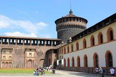 Mailand Castello Sforzesco Ein Tag in Mailand Sie verbringen ihren #Urlaub in der Lombardei und wollten keine ihrer Sehenswürdigkeiten verpassen? Durch etwas Planung können Sie es schaffen! Widmen Sie einen Tag der Stadt #Mailand.