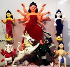 Saraswati Goddess, Kali Goddess, Durga Maa, Durga Saptashati Book, Durga Puja Kolkata, Mother Kali, Copper Wire Art, Laddu Gopal Dresses, Durga Painting