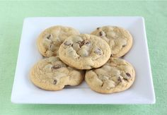 Awesome chocolate chip cookie recipe using pudding.  They turn out chewy and delicious, and they stay moist for days!