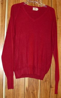 Vintage Men's Izod Maroon Red Thin Sweater V Neck Acrylic Pull Over Size XL  #Izod #VNeck Now $10.87