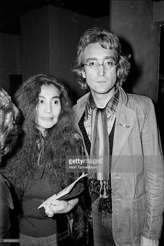 John Lennon - 1976.10.13 With Yoko Ono Arrive At The Copacabana Nightclub And Disco For Its Grand Re-Opening, New York, New York, October 13, 1976. (Photo By Allan Tannenbaum-Getty Images)
