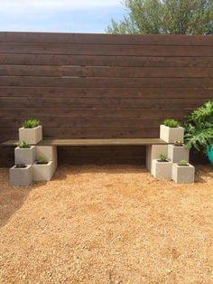 18 Ideas For Easy Backyard Patio Cinder Block Bench Diy Patio, Backyard Patio, Backyard Landscaping, Backyard Ideas, Garden Ideas, Patio Ideas, Easy Garden, Nice Backyard, Side Garden