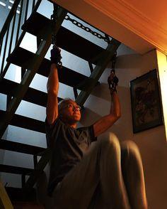 Working on #abs and upper body at home.    #calisthenics #weight #dumbbells #body #building #bodybuilding #build #muscles #strong #fit #fitness #training #run #running #runningman #workout #workoutchallenge #health #healthy #geek #nerd #life #lifestyle #startup #entrepreneur #hustler #goals #lifegoals #justdoit