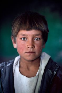 Bamiyan, Afghanistan / Photography by Steve McCurry / Here you can download Steve's FREE PDF Catalog and order PRINTS /stevemccurry.com/...