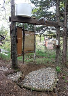 DIY Basic Homestead Outdoor Shower - very basic, easy to setup & practical for your first shower... #diy #homesteading