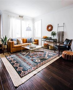 skandinavisches Wohnzimmer Living Room Rugs - All You Need To Know Decor, House Design, Living Room Designs, Living Decor, Rugs In Living Room, Bohemian Living Room, Interior Design, Home Decor, House Interior