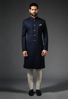 Indian-Style-Navy-Blue-Sherwani Wedding Sherwani Outfits - 20 Best Sherwani Ideas for Grooms Mens Indian Wear, Mens Ethnic Wear, Indian Groom Wear, Indian Wedding Wear, Wedding Dress Men, Indian Men Fashion, Indian Man, Wedding Suits, Groom Fashion