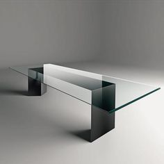 Dolm | Gallotti & Radice  simple and beautiful table with an amazing bevel detail
