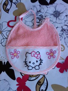 Cross Stitch Owl, Cross Stitch For Kids, Cross Stitch Designs, Johnny Depp, Baby Bibs, Minions, Hello Kitty, Baby Shoes, Coin Purse