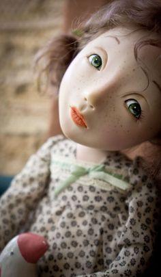 Малеха с розовой птичкой - оливковый,авторская ручная работа,авторская кукла