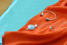 Effortlessly gorgeous combination✨💙 Larimar Jewelry, Belly Button Rings, Fashion, Moda, Dangle Belly Rings, Fasion, Belly Rings, Trendy Fashion, Belly Button Piercing