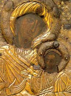 The Bleeding Virgin Mary Portaitissa, or Keeper of the Gate, icon is from the monastery of Iviron on Mt. Madonna, Blessed Mother Mary, Blessed Virgin Mary, Early Christian, Christian Art, Bronze Skin, Byzantine Icons, Orthodox Icons, Sacred Art