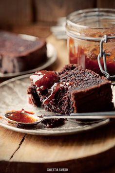 Banana-Cocoa Cake Amazing Cake for birthday Sweet Desserts, Sweet Recipes, Cake Recipes, Dessert Recipes, Food Cakes, Cupcake Cakes, Cocoa Cake, Sweet Bread, Let Them Eat Cake