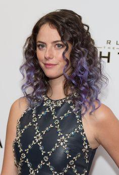 Plum Hair, Purple Highlights, Kaya Scodelario, Hair Color Purple, Mermaid Hair, Hair Trends, New Hair, Hair Inspiration, Curly Hair Styles