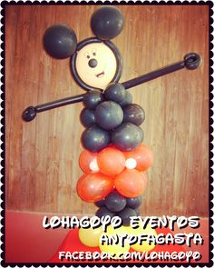 Mickey Mouse, figura completa en globos.