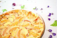 Hämmentäjä: Peach and apricot clafoutis, perfect for midsummer. Persikka-aprikoosiclafoutis - juhannuksen aurinkoisin jälkiruoka