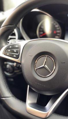 Black Mercedes Benz, Mercedes Car, Car Pictures, Photos, Cute Selfie Ideas, Photography Poses For Men, Super Sport Cars, Fake Photo, Instagram Story Ideas