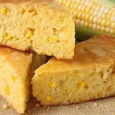 Proja (Serbian Corn bread) Vegan Recipes Easy, Bread Recipes, Cooking Recipes, Vegan Foods, Vegan Dishes, Vegan Cornbread, Cornbread Cake, Moist Cornbread, Buttermilk Cornbread
