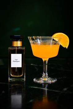Oud Flamboyant - Inspired by the Orient, the base note of the perfume is oud wood, with labdanum and smoky leather also in the mix. To mirror it, the cocktail features Japanese whisky and mandarin juice for balance and depth.