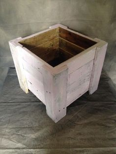 unique wooden pallet planter, pink rustic, weathered look, shabby chic in Garden & Patio, Plant Care, Soil & Accessories, Basket & Pot Liners | eBay