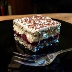 Kedy ak nie na Veľkú noc: Zákusky s troškou likéru - Magazín Czech Recipes, Russian Recipes, Polish Recipes, Sweet And Salty, Something Sweet, Cakes And More, Sweet Recipes, A Table, Sweet Tooth