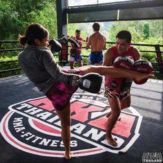 Gina Rodriguez - Instagram: les stars et les sports de combat