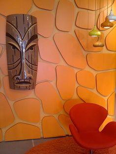 Inspiring Modern Wall Texture Design for Home Interior 46 - Rockindeco Modern Wall, Mid-century Modern, Modern Lofts, Modern Design, Wall Texture Design, Tiki Hut, Tiki Tiki, Tiki Decor, 70s Decor