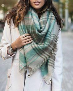 Compartilhe esse look pra não esquecer!!   Amei essa seleção de lenço e cachecol  http://imaginariodamulher.com.br/look/?go=1QDNcWy