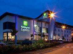Walsall Holiday Inn Express Walsall M6, J10 United Kingdom, Europe Set in a prime location of Walsall, Holiday Inn Express Walsall M6, J10 puts everything the city has to offer just outside your doorstep. The hotel offers guests a range of services and amenities designed to provide comfort and convenience. To be found at the hotel are free Wi-Fi in all rooms, 24-hour front desk, facilities for disabled guests, express check-in/check-out, luggage storage. All rooms are designed...