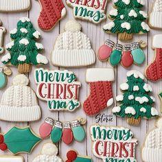 Christmas Tree Cookie Cutter, Christmas Sugar Cookies, Christmas Chocolate, Holiday Cookies, Christmas Desserts, Christmas Baking, Christmas Treats, Holiday Treats, Pink Christmas