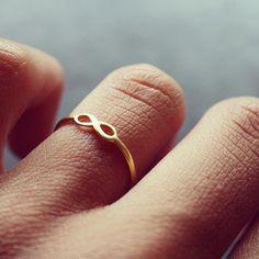 @mariebisbo dogeared infinity ring